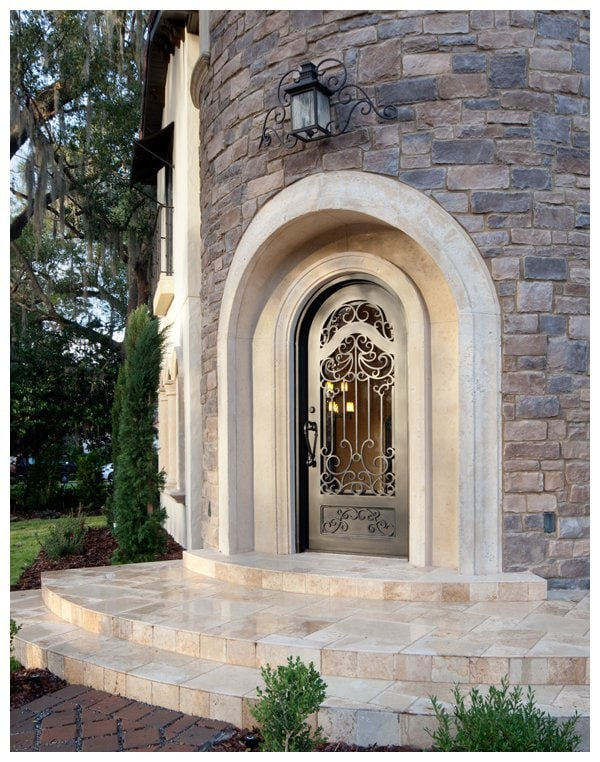Tower Entry Of Villa Bimalina On Park Avenue In Winter Florida Built By Orlando Custom Home Builder Jorge Ulibarri Imyourbuilder