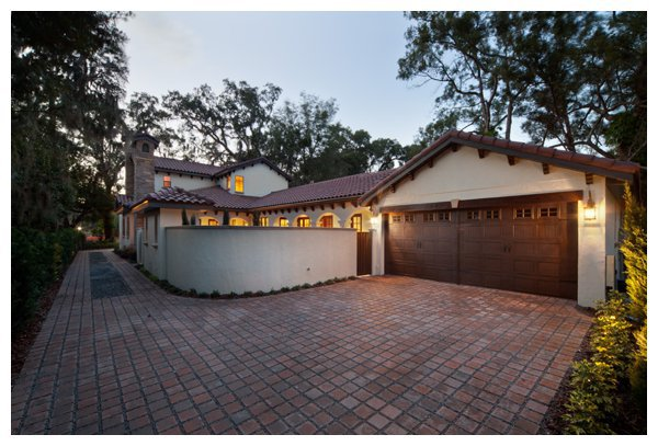 Rear Entry Garage Of Villa Bimalina On Park Avenue In Winter Florida Built By Orlando Custom Home Builder Jorge Ulibarri Imyourbuilder