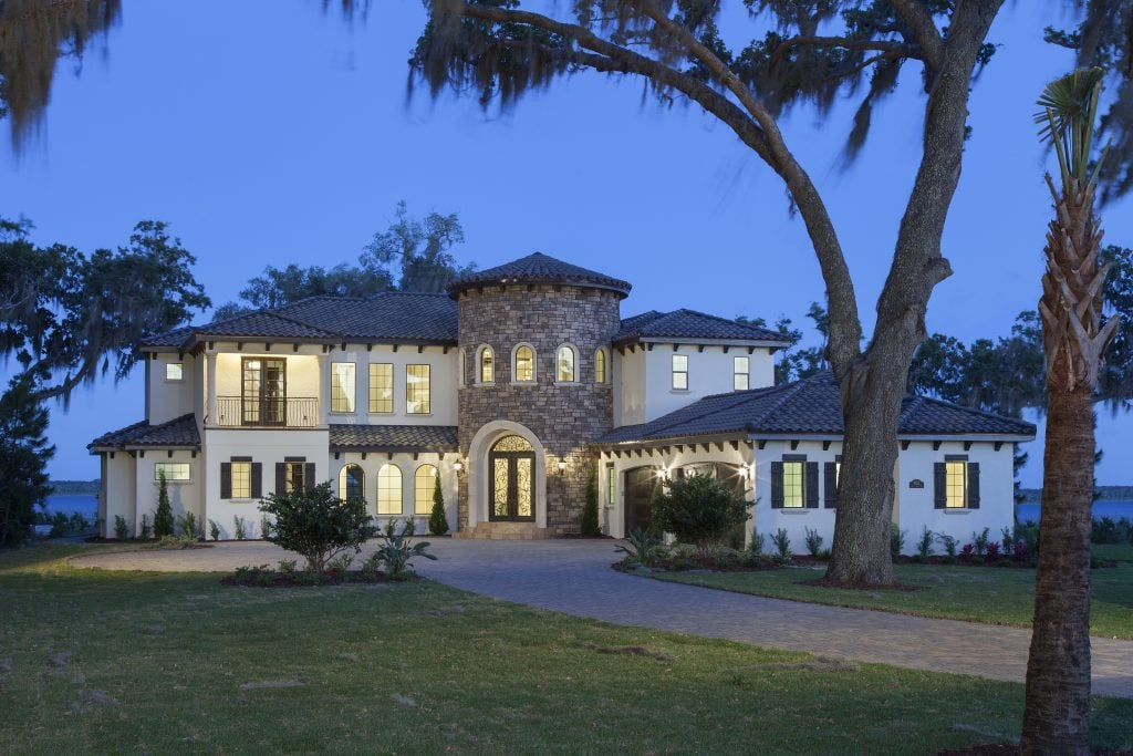 5,300 square foot custom home located on an envious waterfront lot on stunning Lake Hart in Lake Nona, Orlando, Florida. Designed and built by Orlando luxury home builder, Jorge Ulibarri. www.imyourbuilder.com