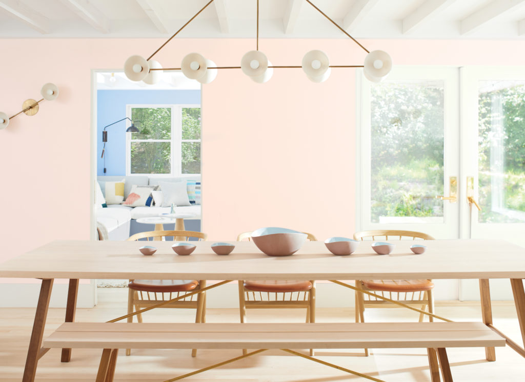 Dining room painted in Benjamin Moore's First Light, 2020 Color of the Year